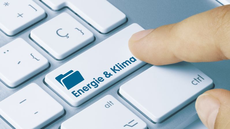 Tastatur mit Energie und Klima Button